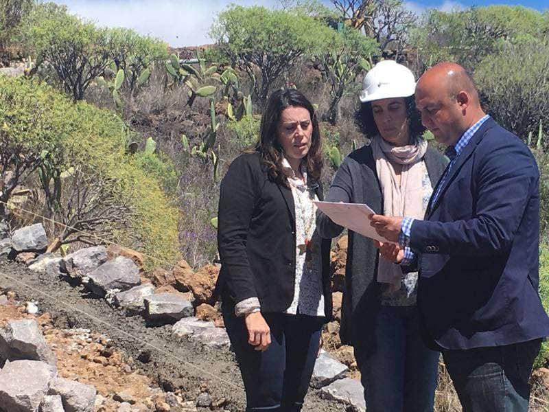 Onda TenerifeAyuntamiento y Cabildo inician el proyecto de mejora de la pista agrícola La Hurtada