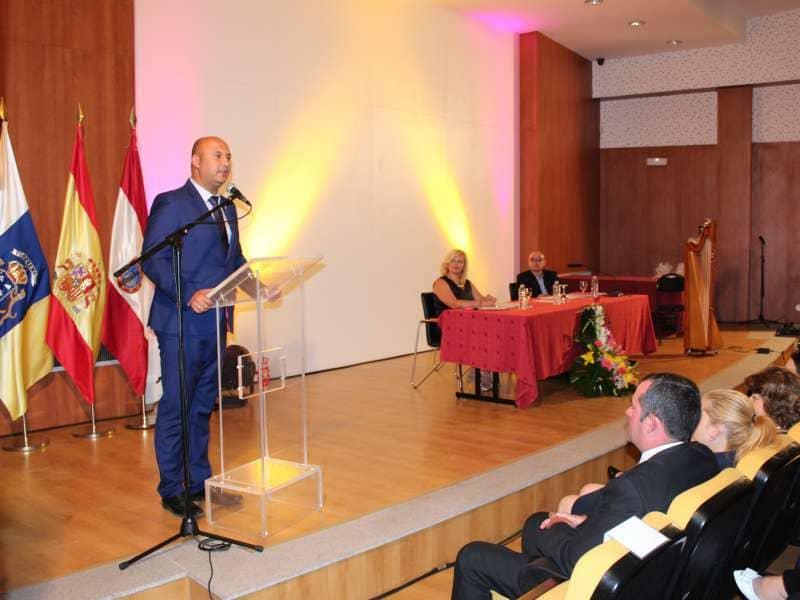 Onda TenerifeEl Ayuntamiento realiza un reconocimiento al personal más antiguo de la administración local