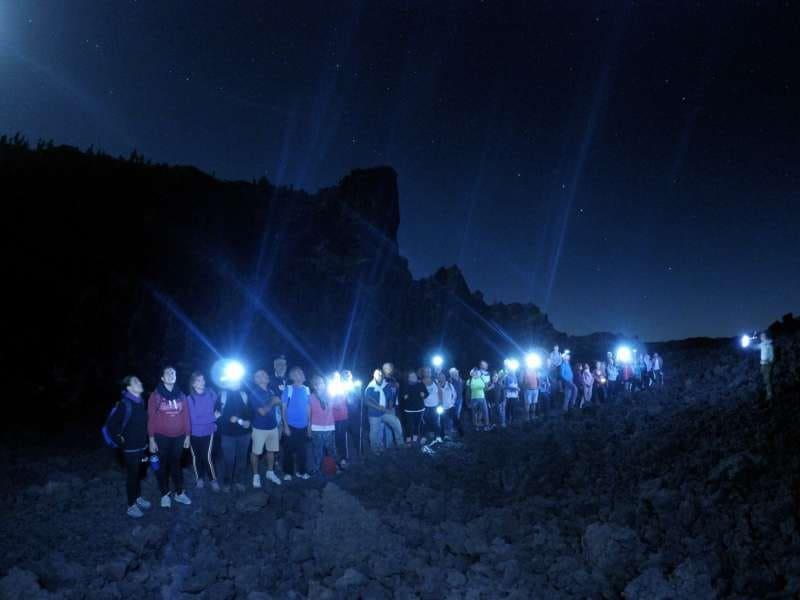 La agenda de verano lleva a los jóvenes por una ruta nocturna de las estrellas