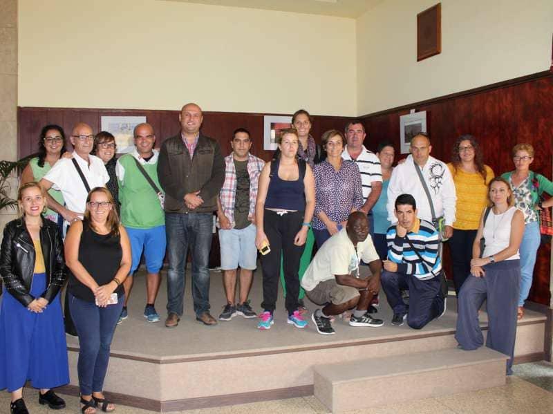 Los usuarios de ATELSAM exponen sus trabajos con motivo del Día Mundial de la Salud Mental