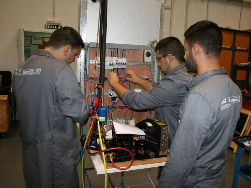 Femete inicia un proyecto de inserción laboral para extranjeros desempleados