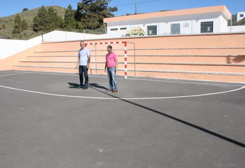 El Ayuntamiento acomete mejoras en el polideportivo Las Chozas