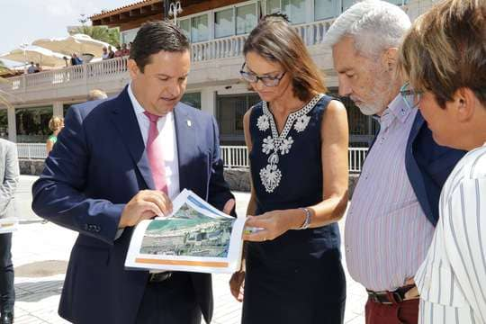 Arona se prepara para el inicio inminente de la reforma histórica del paseo de Los Tarajales