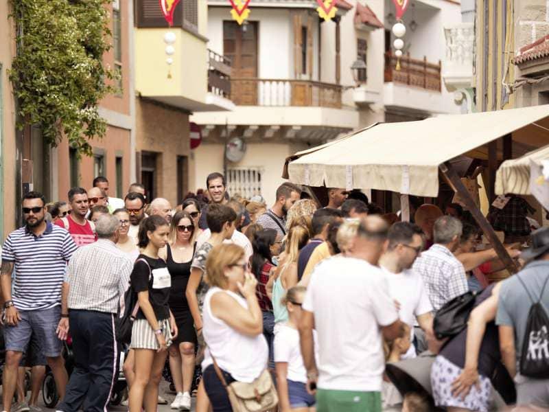 Más de 10.000 personas visitan la XXXVIII Feria de Artesanía en Guía de Isora
