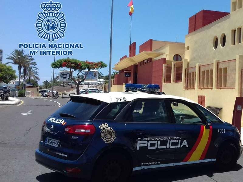 La Policía Nacional detiene a un joven por un delito contra la salud pública en Arona
