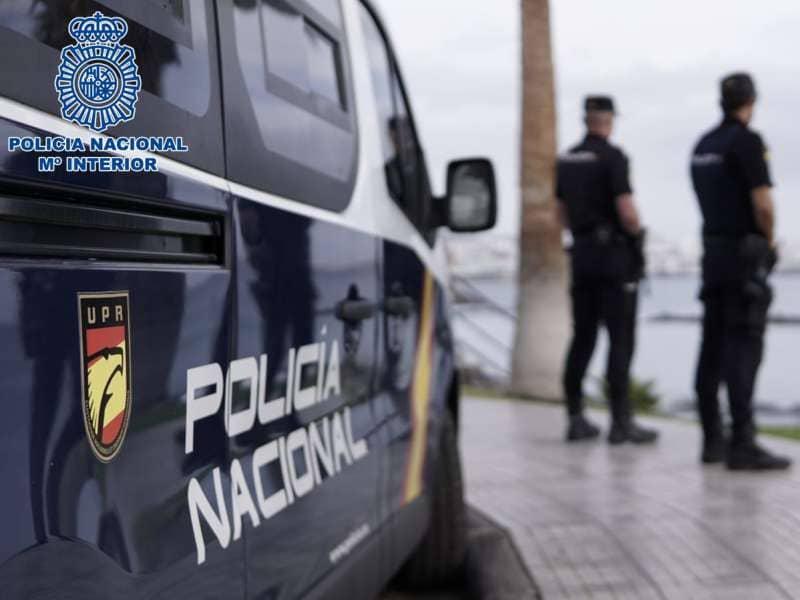 La Policía Nacional detiene en Adeje a una persona por estafa de 12.560 euros en joyas
