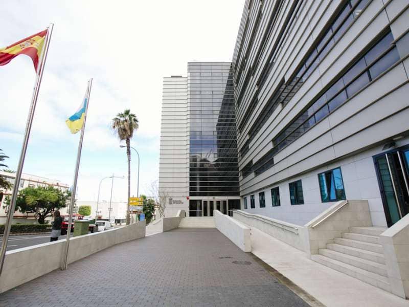 Sanidad registra 1725 casos acumulados de COVID-19 en Canarias