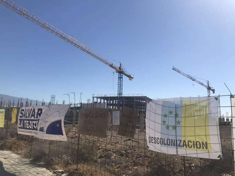 Onda TenerifeLas obras del hotel de La Tejita continúan tras ordenar su paralización